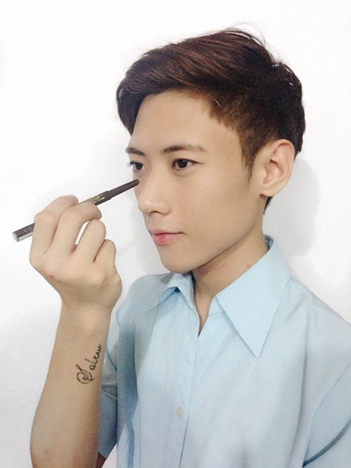 """""""Mách nhỏ"""" cách tự nâng mũi đẹp bằng NoseSecret dành cho nam giới9"""