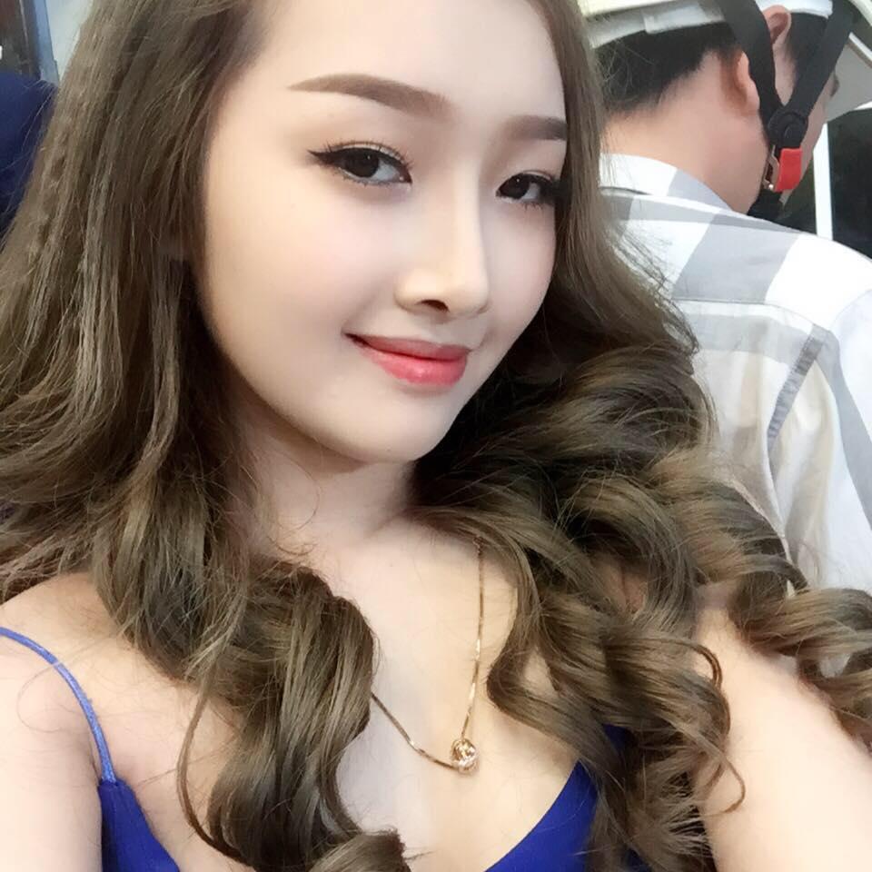 Hình ảnh sau nâng mũi của hotgirl Việt 15