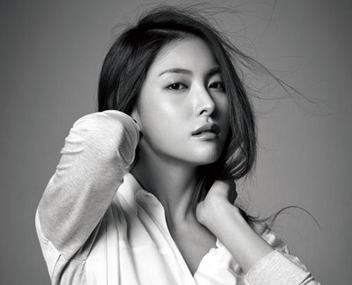 Park Gyuri cô ca sĩ Hàn có dáng mũi cao đẹp khiến nhiều người phải ghen tị