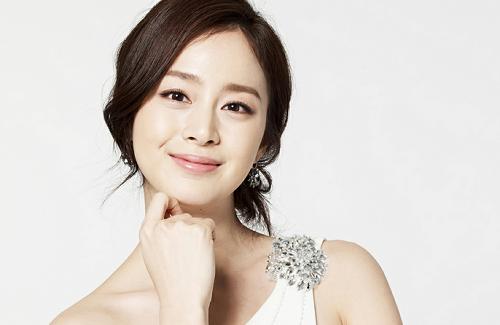 Kim Tae Hee - cô ca sĩ Hàn sở hữu mũi cao đẹp đạt tỉ lệ chuẩn
