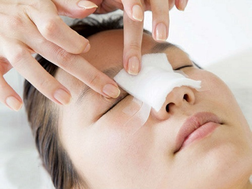 Cách chăm sóc sau nâng mũi để có được mũi đẹp tự nhiên