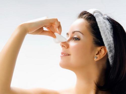 Cách vệ sinh sau nâng mũi để có kết quả tốt nhất