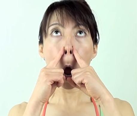 cách làm mũi cao tự nhiên tại nhà 02